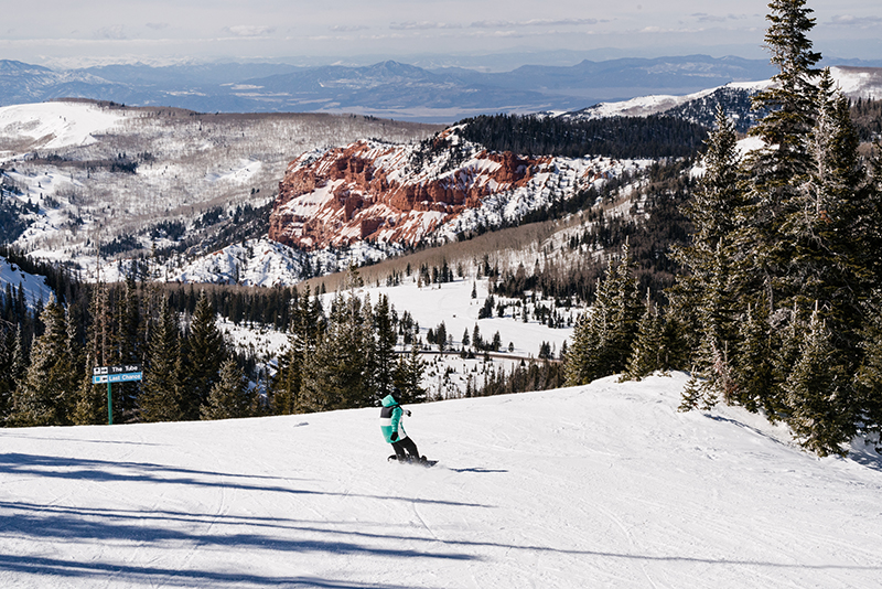 Sunny dat at Brian Head resort. Photo courtesy of Ski Utah.